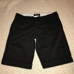 BKE Casuals Black Size 28 Bermuda short EUC